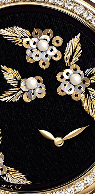 ⋰✧║Beauty of Black and Gold Chanel Oversized Watch Regilla ⚜ Una Fiorentina in California Bella Donna