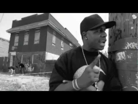 AZ - The Come Up (Prod. By DJ Premier)  AZ painting a picture over vintage preemo beat.