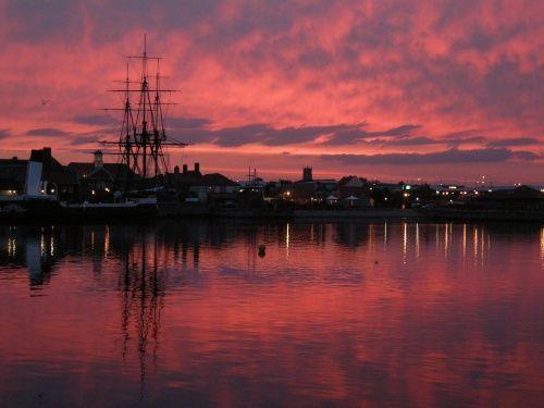 Red sky at Hartlepool Marina (England)