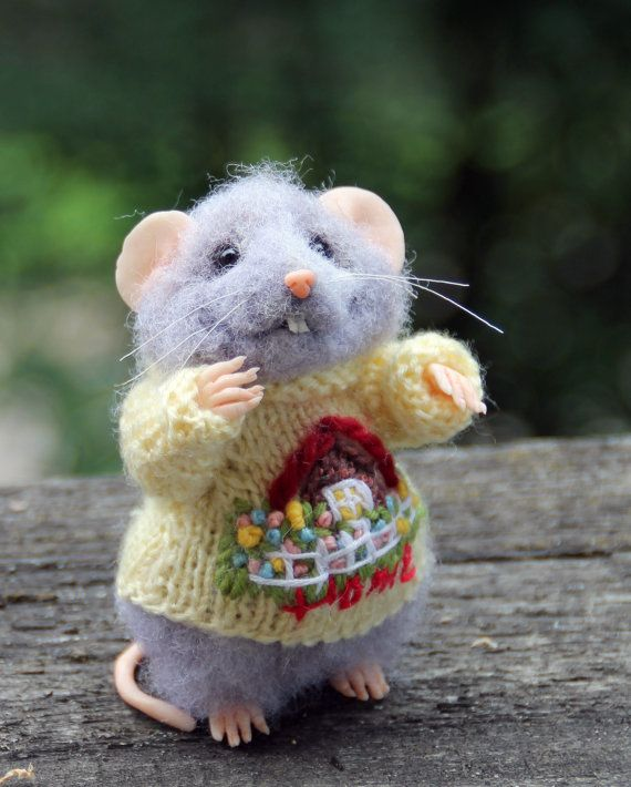 Needle felt realistic mouse in sweater felted by HouseOFFeltMouse