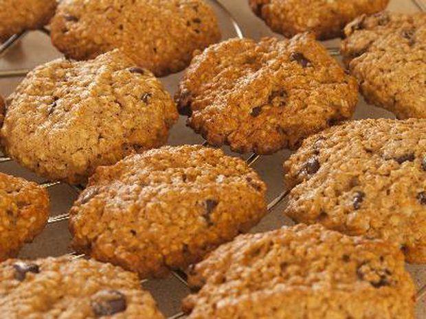 Como fazer biscoitos de aveia saudáveis sem açúcar ou gordura