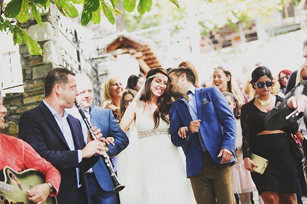 Ενας απιστευτος γαμος - εκπληξη για τον γαμπρο - Love4Weddings