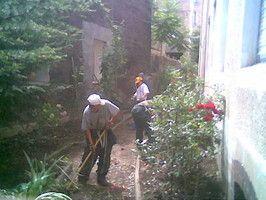 S.O.S. Petits Boulots groupement d'associations ayant pour finalité de favoriser l'accès à l'emploi durable de personnes salariées dans plusieurs activités professionnelles. - Services à domicile (ménage, repassage, jardinage, bricolage...) - Mise à disposition de personnel en entreprises, associations et collectivités, - Entretien des espaces verts, - Entretien des espaces naturels S.O.S. Petits Boulots 42740 SAINT PAUL EN JAREZ