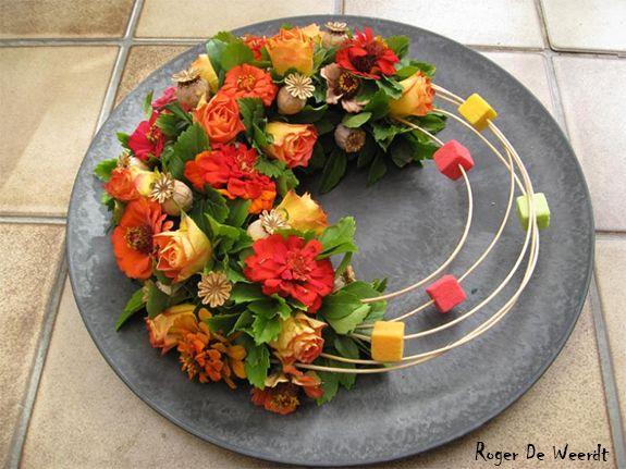 Een rouwkrans met een moderne twist | Vind meer inspiratie over een moderne uitvaart op http://www.rememberme.nl/moderne-uitvaart/