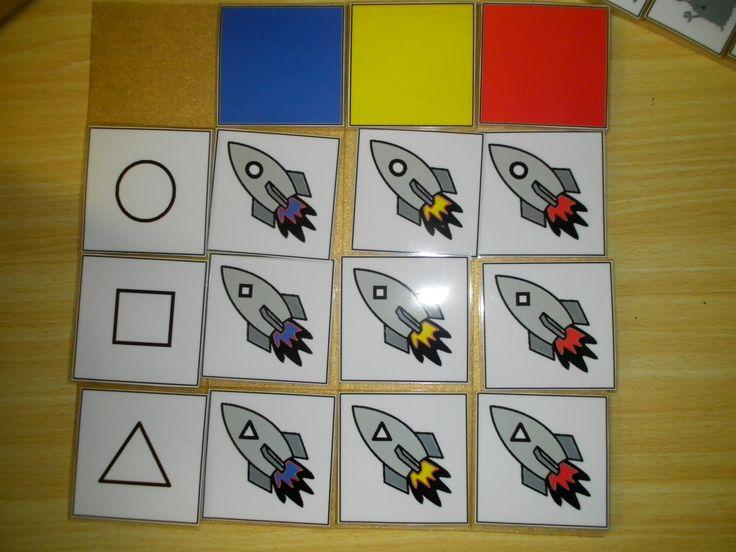 Begeleide of zelfstandige activiteit - Matrix raket, vorm van het raampje + kleur van de vlam.