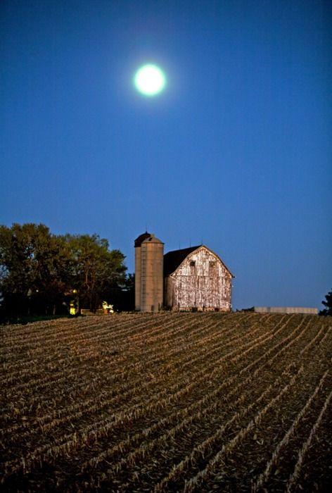 mo barns | Wisconsin Historical Society Press — Barns of Wisconsin   ..rh