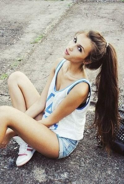 I really want my hair to be this long where i have a long, long ponytail like this :)