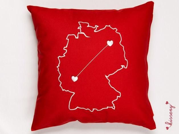 Geschenk bei Fernbeziehung in rot DE von KISSENY von KISSENY auf DaWanda.com