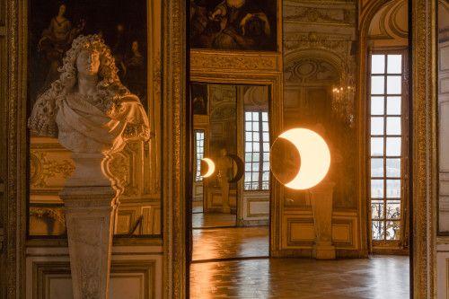 Deep mirror by Olafur Eliasson, Château de Versailles, 2016
