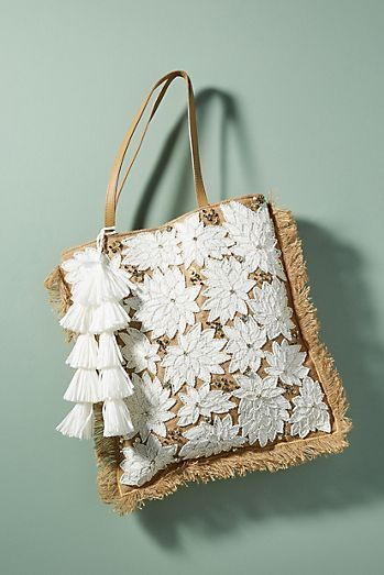 Mansi Tote Bag, straw woven beach bag with white floral