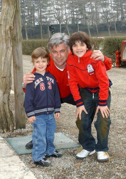 Ancelotti with Maldini kids