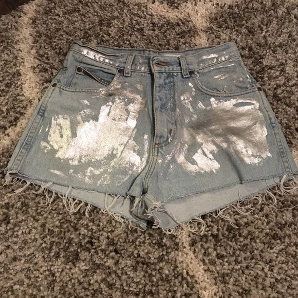 New urban outfitters wrangler high waisted shorts Brand new with tag! Light blue high waisted shorts with metallic paint application. Wrangler Shorts Jean Shorts