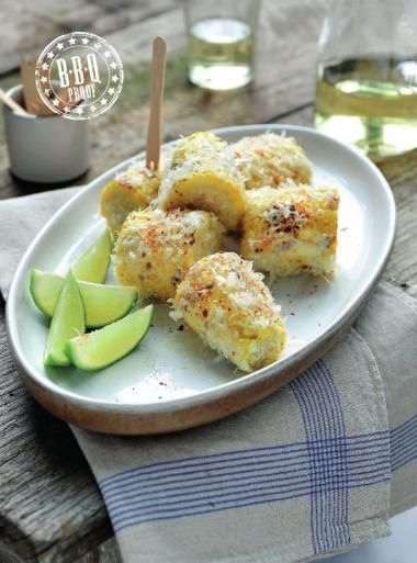 Gegrilde maïs met parmezaankaas en chili