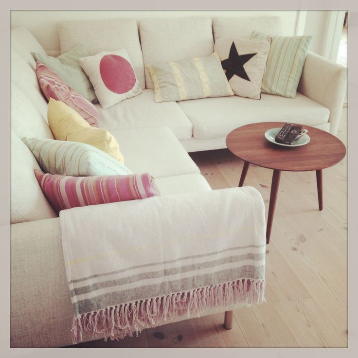 Scandinavien Living. My livingroom. Blanket from House doctor coffeetable from Bruunmunch, and a mix of pillows:)