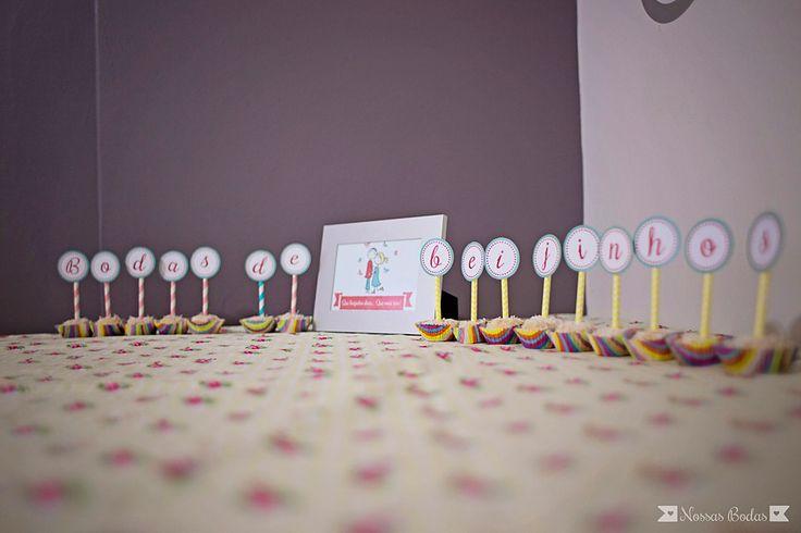 Freebie   Download Gratuito   Bodas de Beijinhos   1 mês de casamento