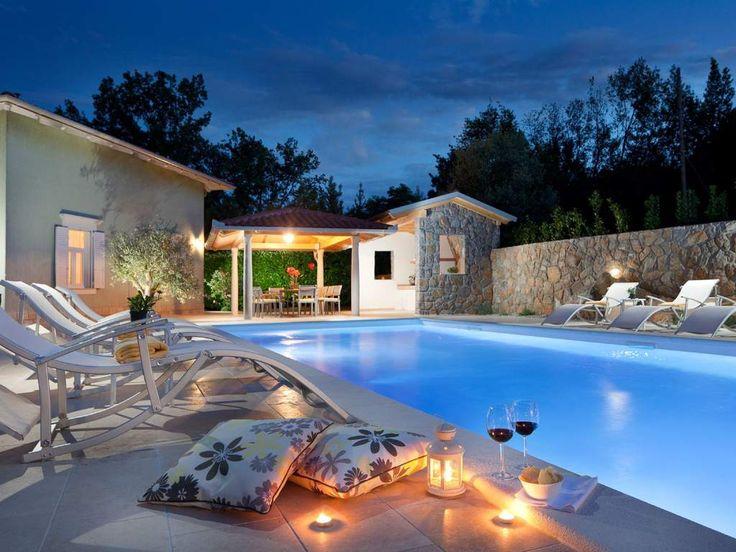 Wirklich einmalig. Die Villa Oliva mit ihrer wunderschönen Pool-Landschaft. #Strand #Sommer #Sonne #Beach #summer #sun #Ferienhaus #travel #holidays #imUrlaubwiezuhausefühlen