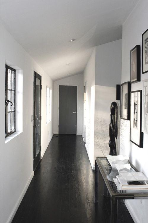 Dark floor, gray walls, white trim.  Love it.