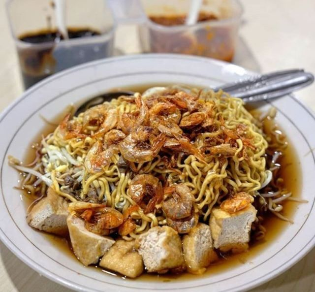 Resep Lontong Mie Surabaya Makanan Berkuah Petis Kaya Rasa Iniresep Com Resep Resep Masakan Indonesia Resep Masakan Resep Makanan