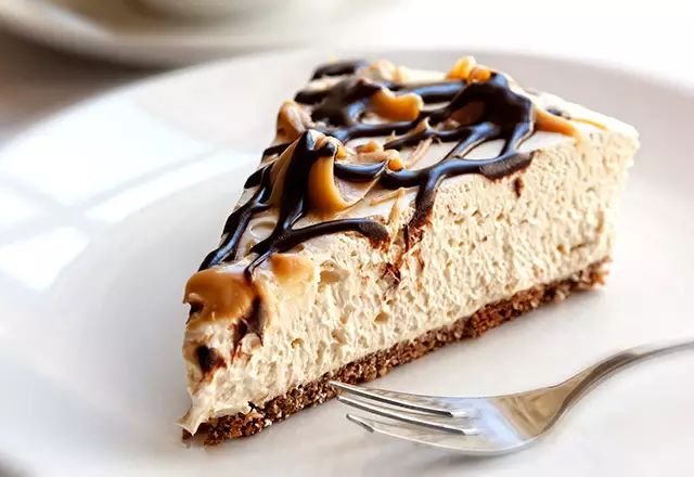 Peanut butter protein cheesecake recipe - Women's Health and Fitness Magazine