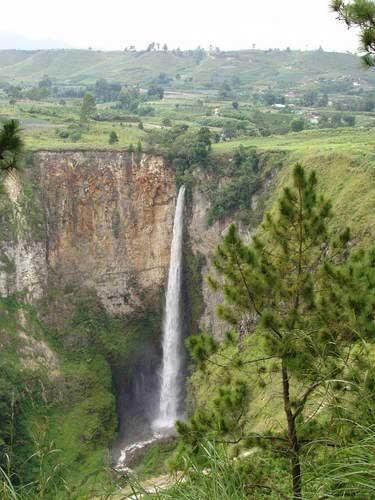 Sipiso-Piso Waterfall, Tanah Karo, North Sumatera