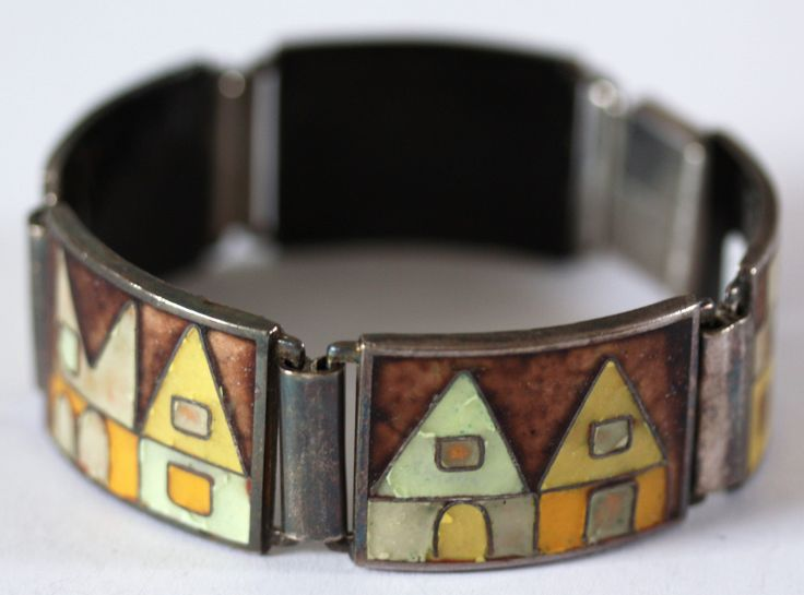 A wonderful cloisonné enamel bracelet * architectural beauty - available from www.allmodern.de