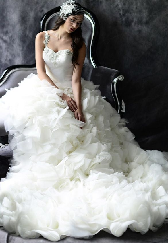 The best gowns from the most in-demand wedding dress designers part 4. http://www.modwedding.com/2014/02/13/best-gowns-demand-wedding-dress-designers-part-4/ #wedding #weddings #fashion