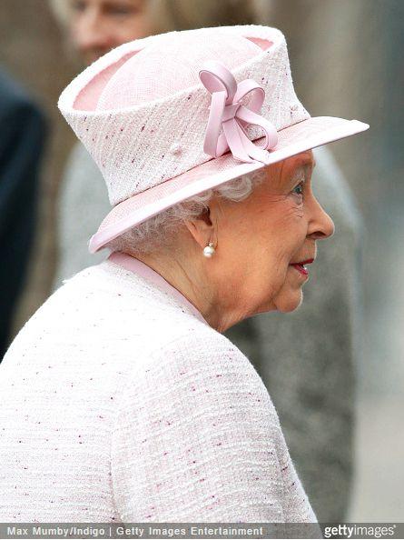 Queen Elizabeth, November 28, 2014 in Angela Kelly   Royal Hats....Queen Elizabeth and the Duke of Edinburgh visited Holyport College this morning. Nov 28, 2014