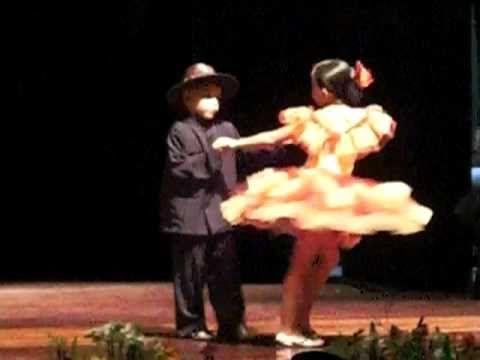Los niños tambien bailan Joropo recio