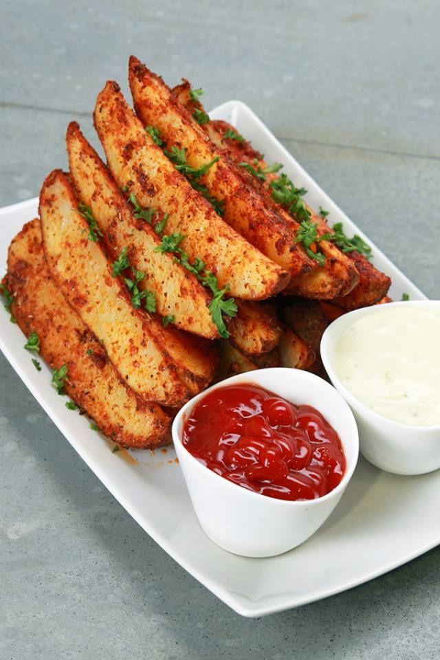 Receita de Batatas tipo canoa com alho e parmesão - Tasty Demais