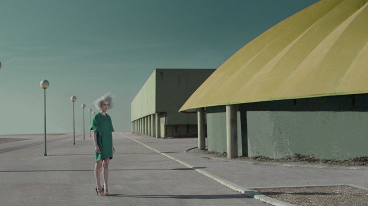 "St. Vincent ""Digital Witness"". Director: Chino Moya Executive producer: Beth Montague Producer: Ilduara Lamas DOP: Pau Castejón Set designer..."