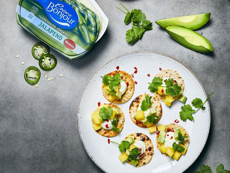 Med keso i smeten blir plättarna lite matigare och extra proteinrika. Perfekt till frukost och mellanmål, eller som alternativ till vanliga plättar och pannkakor.