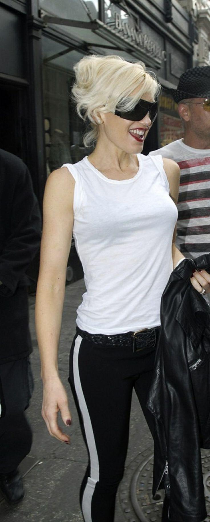 Gwen Stefani! Tuxedo stripe and white tank