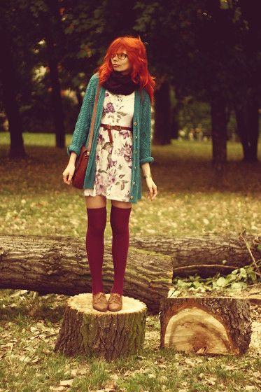Vintage Sweater, Vintage Floral Dress, Vintage Bag, Vintage Belt, Tk Maxx Overknees, Primark Oxfords