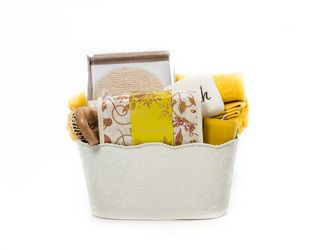 """Citron-Body Refreshing"" Basket - Crabtree & Evelyn Products - Check out http://www.basketful.ca/spa.html for more details...  $105.00 CAD"