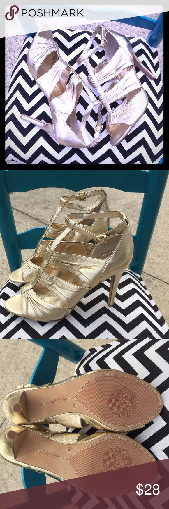 NWOB Vince CAMUTO gold open toe heels In excellent condition never worn! Vince Camuto Shoes