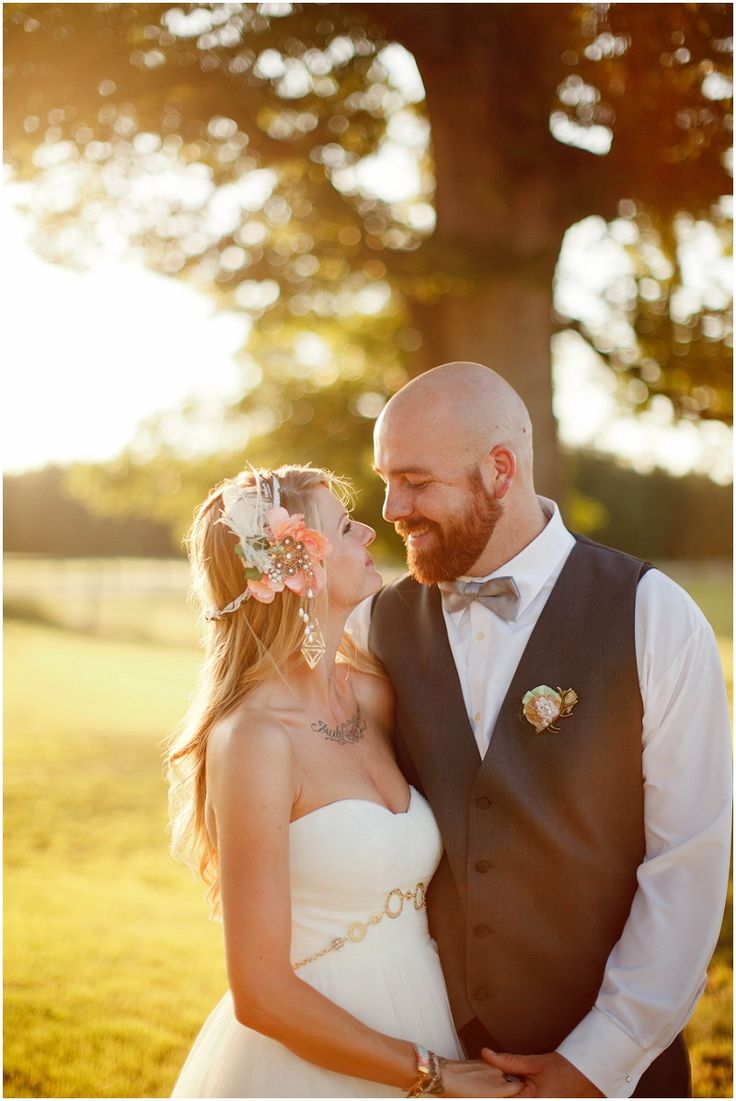 beautiful bohemian bride and groom   wedding photography