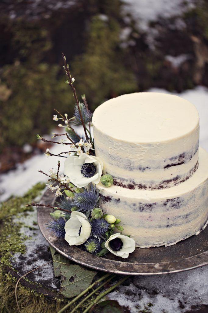 Winterhochzeit, Heiraten im Schnee, Hochzeitstorte, Hochzeitsfotograf, Hochzeitsreportage