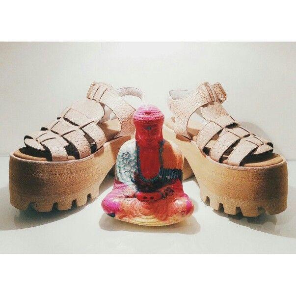 ♡♡♡ Shoe of the day ♡♡♡   ☆ GAUDI VIP SUPER HIGH ESTERILLA CAMEL ☆