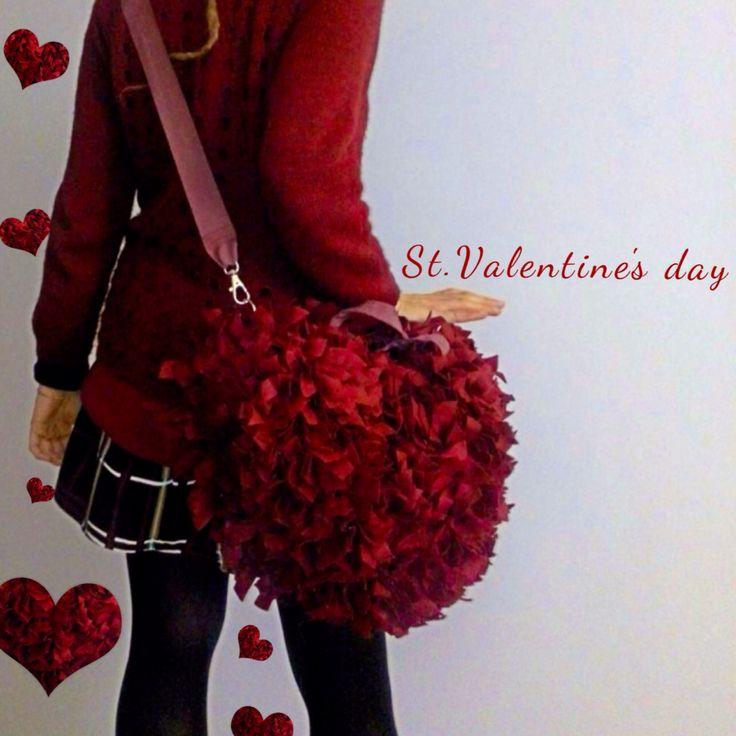 One week to St.Valentine's day #frufrubags #kalikudesign #handmadewithlove #rougeflore #redpassion #valentineday #valentinesgift #valentinsdress #valentineaccessories #valentine2016gift