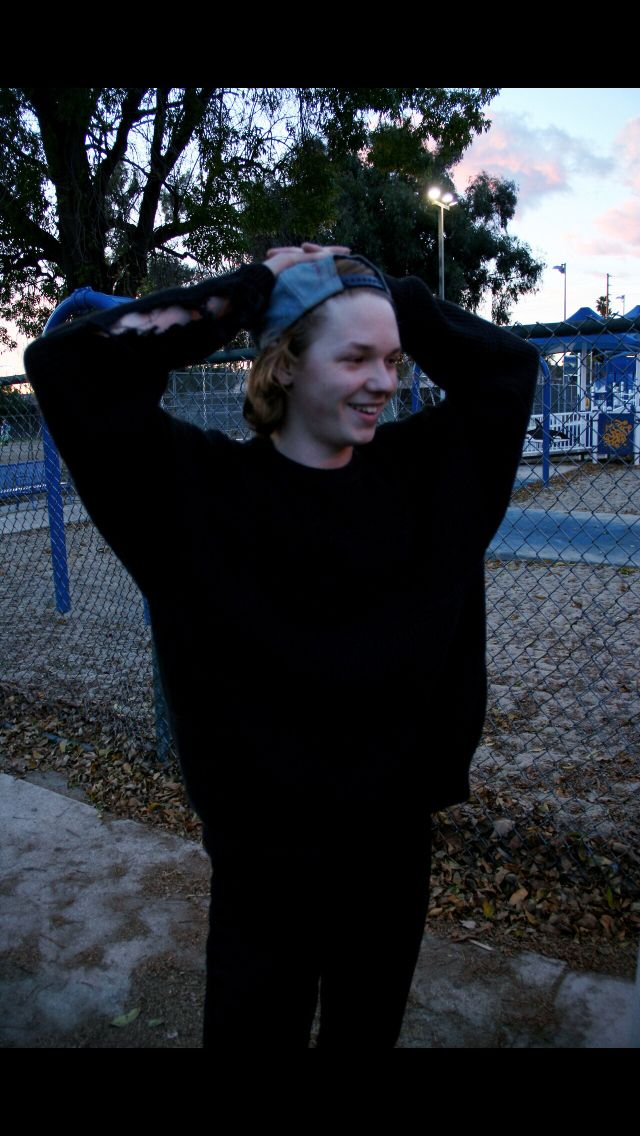 Jack Kilmer double heart eyes Such in love with him <3