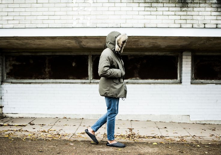 walking outside in mahabis classic grey slipper with skien black detachable outdoor sole // about mahabis