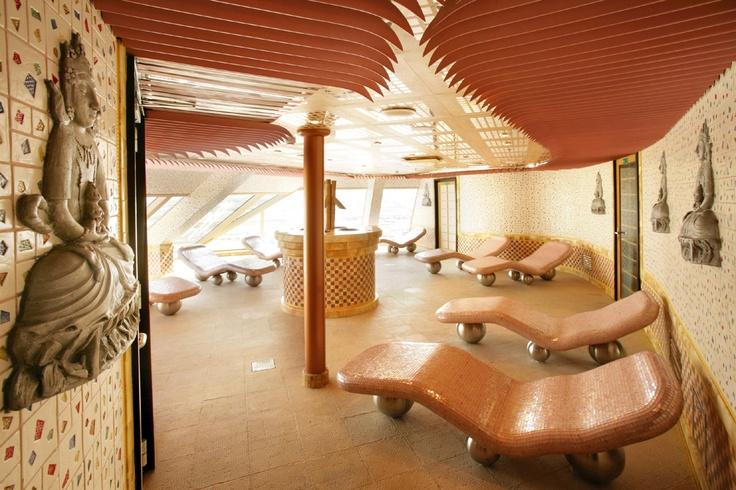 """La experiencia:   2006, Creamos el primer spa a bordo """"Samsara Spa"""", ahora presente en 7 barcos de la flota"""