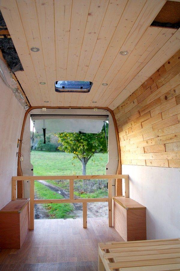 Habillage Des Murs Et Mise En Place De L Electricite A Bord C Spicerabbits Van Amenage Vans Fourgon Amenage Camping Car