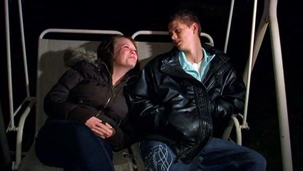 Teen Mom Photo From Season 1 Catelynn Lowell and her Boyfriend Tyler and they have a Daughter Carly and they gave her up for Adoption #catelynn #lowell #catelynnlowell #teen #mom #teenmom #mtv #16andpregnant