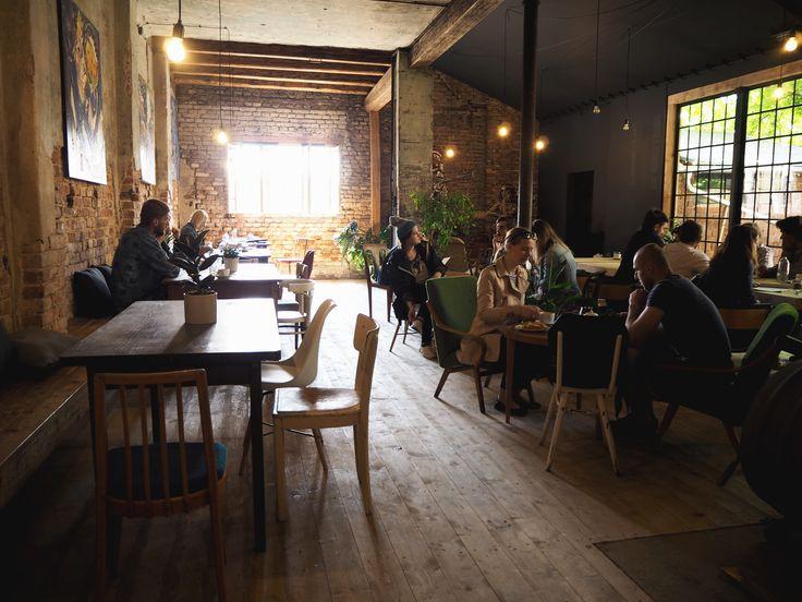 SPOTTED BY @soffamag | #soffa #soffamag #kavarnacohledajmeno #cafe #coffeehouse #Prague #bricks #industrial #urban #street #minimalism #minimalistic #design #interior #wood