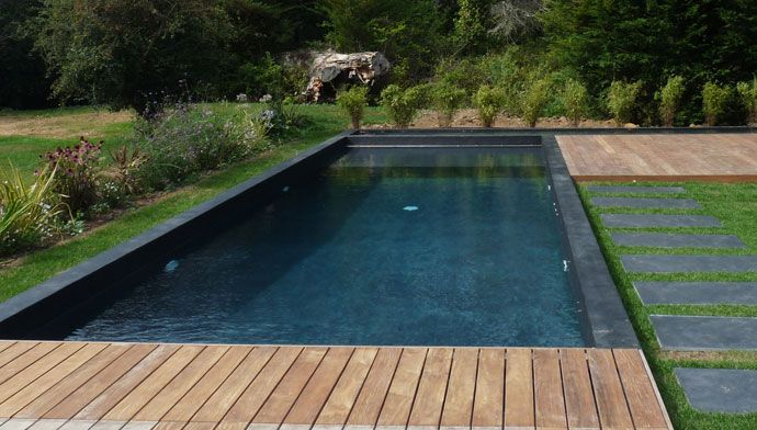 1000 images about black pools on pinterest villas - Swimming pool paint for concrete pools ...
