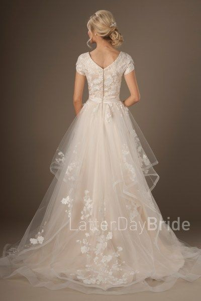 Best 25 mormon wedding dresses ideas on pinterest for Lds wedding dresses utah