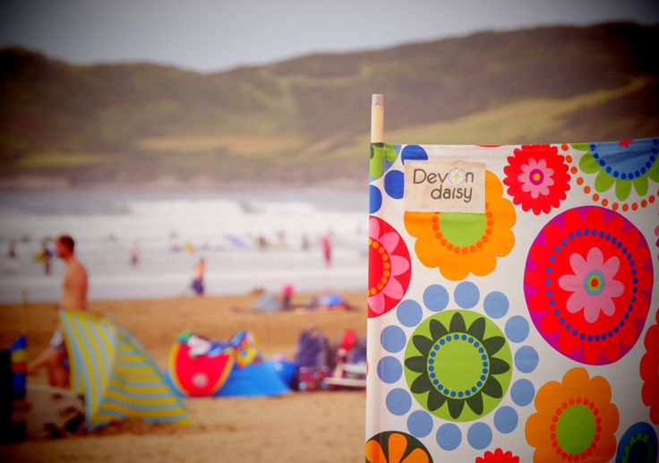 Cool Camping Gear: Devon Daisy Windbreaks. Made in the UK, but I wonder if I could get them or a similar one in the US?