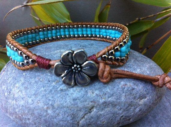 Turquoise Beaded Bracelet Leather Wrap Bracelet por LilPumpkinBeads