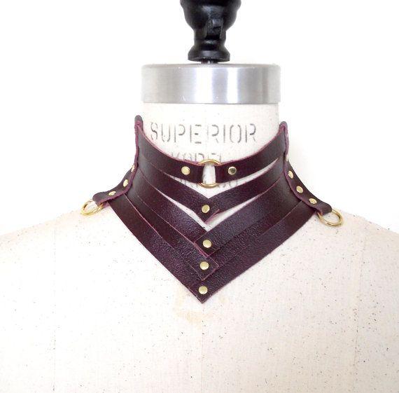 Victoria-Leder-Halskette Stil Kragen Burgund von LoveLornLingerie